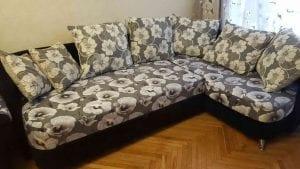 Перетяжка дивана с подушками